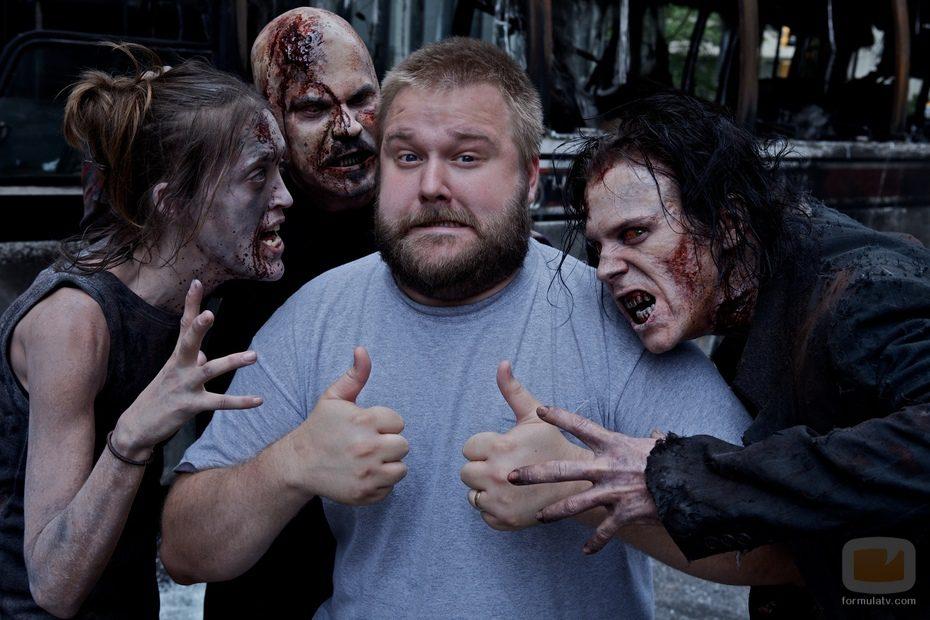 Kirkman con zombies