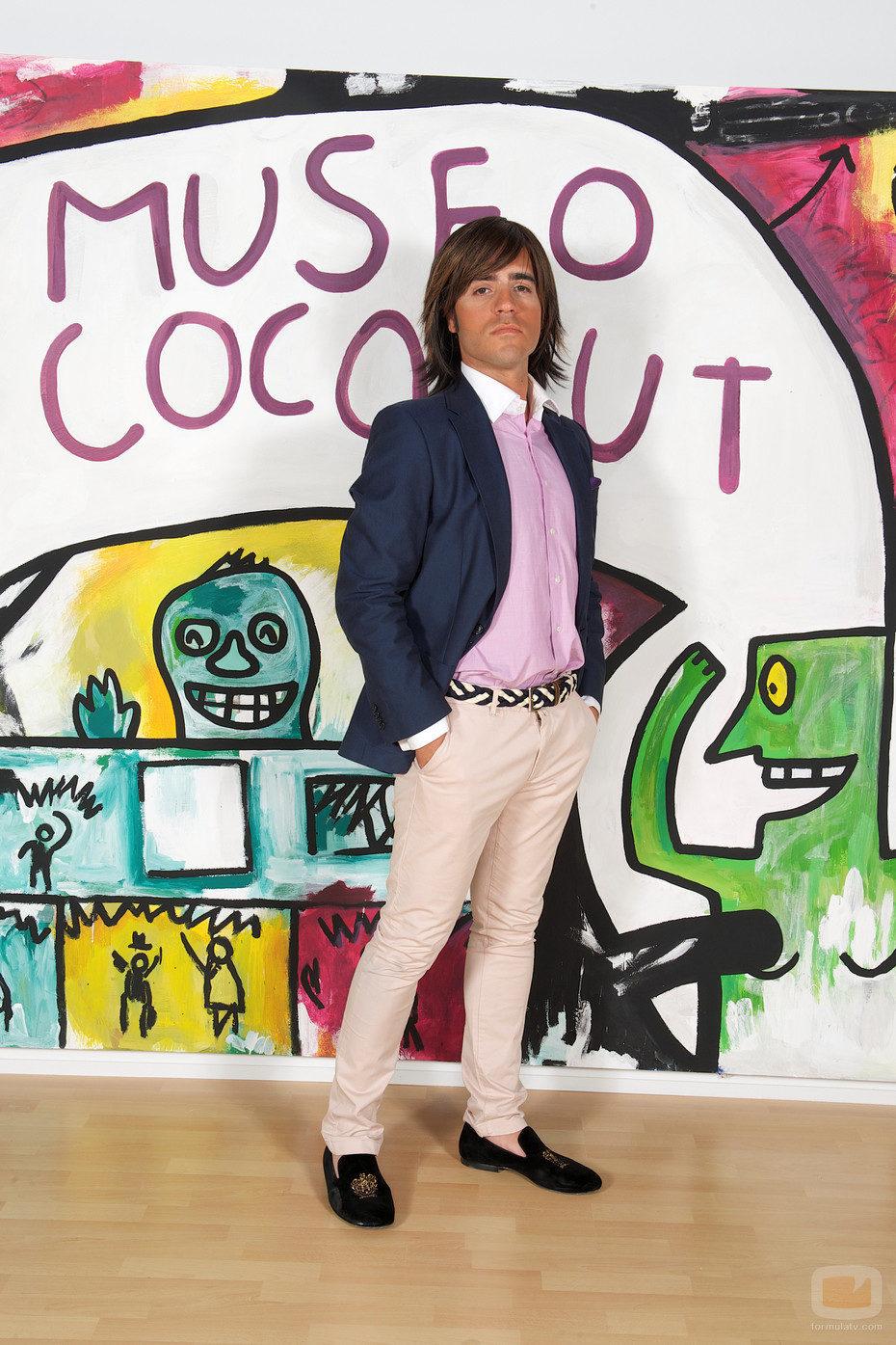 Ernesto Sevilla posa en 'Museo Coconut'