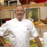 Karlos Arguiñano se quita el gorro para presentarnos su nueva cocina