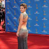 Maria Menounos en los Emmy