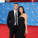 Matthew Fox y Margherita Ronchi en los Emmy