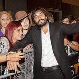 Álex Garcia con algunas fans