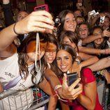 Elena Furiase con los fans