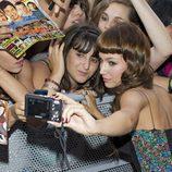 Úrsula Coberó con una fan