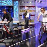 David Bisbal y Pablo Motos, en bicicleta
