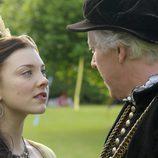 Ana Bolena habla con su padre Tomás