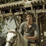 Román Bravo a caballo