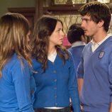 Vicky, Julia e Iván en 'El último aliento'