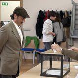 Antonio vota en 'Doctor Mateo'