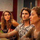 Verónica, Jorge y Clara en la sala de profesores