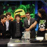 Motos, Garfield, Eisenberg y Timberlake con Marron