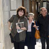 Charo López y Tina Sainz despiden a Manuel Alexandre