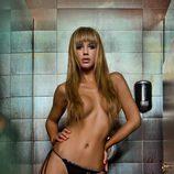Tamara Gorro, semidesnuda