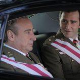 El Príncipe y el Rey en el coche oficial