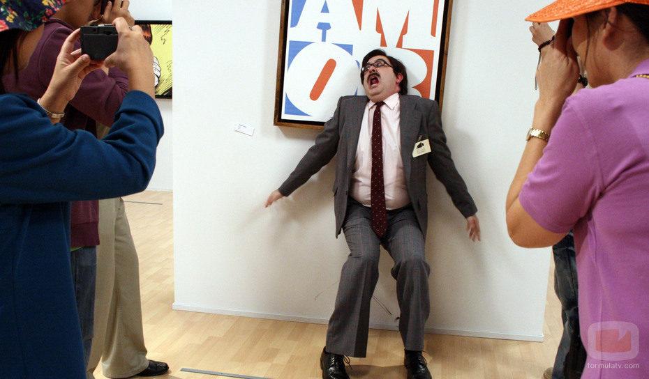 Rosario grita ante unos turistas