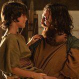 Sandro (Hovik) con su hijo Tirso