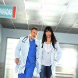 Pablo Carbonell con Elia Galera en 'Hospital Central'