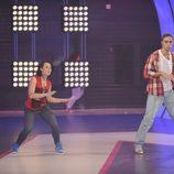Nacho y Sabela bailando