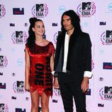 Katy Perry en los MTV Europe Music Awards junto a Russell Brand