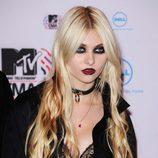 Taylor Momsen en la alfombra roja de los MTV EMA
