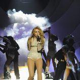 Miley Cyrus con poca ropa en los MTV EMA