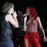 Rihanna y Bon Jovi en los MTV 2010