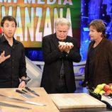 Martin Sheen y Emilio Estevez con Pablo Motos