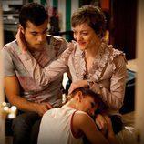 Ruth y Román se despiden de Clara