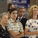 Los Alcántara esperan a Inés en el aeropuerto