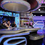 Danny Jones de McFly baila sobre la mesa de 'El hormiguero'