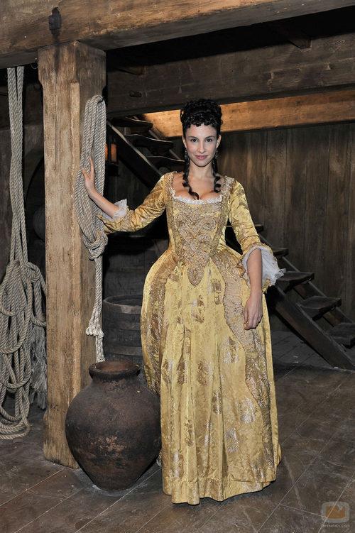 Xenia Tostado como Victoria Falcón en 'Piratas'