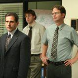Steve Carell y Rainn Wilson en la oficina de 'The office'