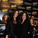 Melanie Olivares y Miren Ibarguren en los Premios 40 2010