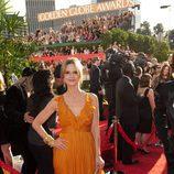 Kyra Sedgwick en los Globos de Oro 2011