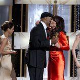 Katey Sagal recoge su premio como Mejor Actriz de drama