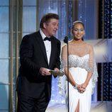 Alec Baldwin y Jennifer Lopez como presentadores