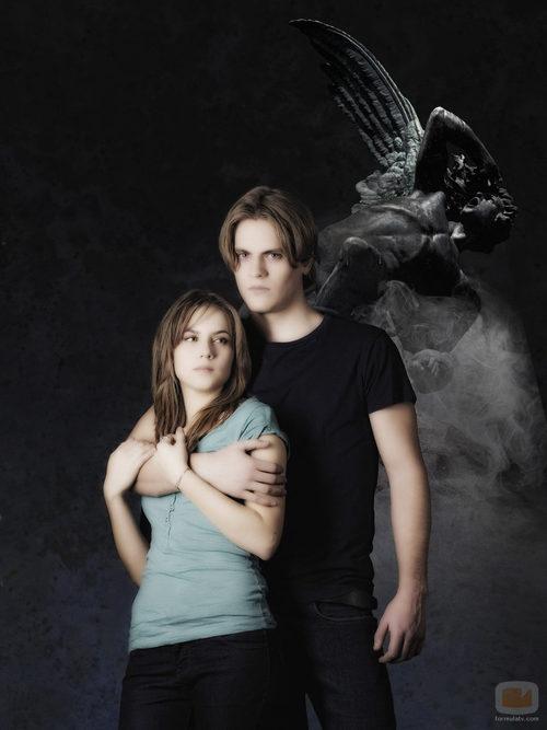Valeria y Damián, jóvenes protagonistas de 'Ángel o demonio'