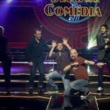 Eva Hache con los monologuistas de 'El club de la comedia'