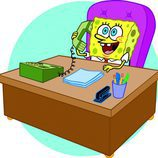 Bob Esponja tras un escritorio