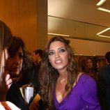 Sara Carbonero rodeada de periodistas