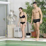 Ana Fernández y Maxi Iglesias semidesnudos