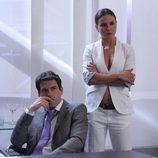 Miguel de Miguel y Kate del Castillo, en 'La Reina del Sur'