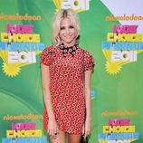 Pixie Lott en la alfombra naranja de los Kids' Choice Awards