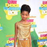 Willow Smith en la alfombra naranja de los Kids' Choice Awards