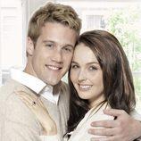 Nico Evers-Swindell y Camilla Luddington, protagonistas de 'William & Kate'