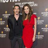 Óscar Jaenada y Pilar Rubio en el estreno de 'Piratas'