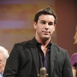 Mario Casas recibe su Micrófono de Oro 2011