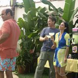 Los protagonistas de 'Cougar Town' en una barbacoa