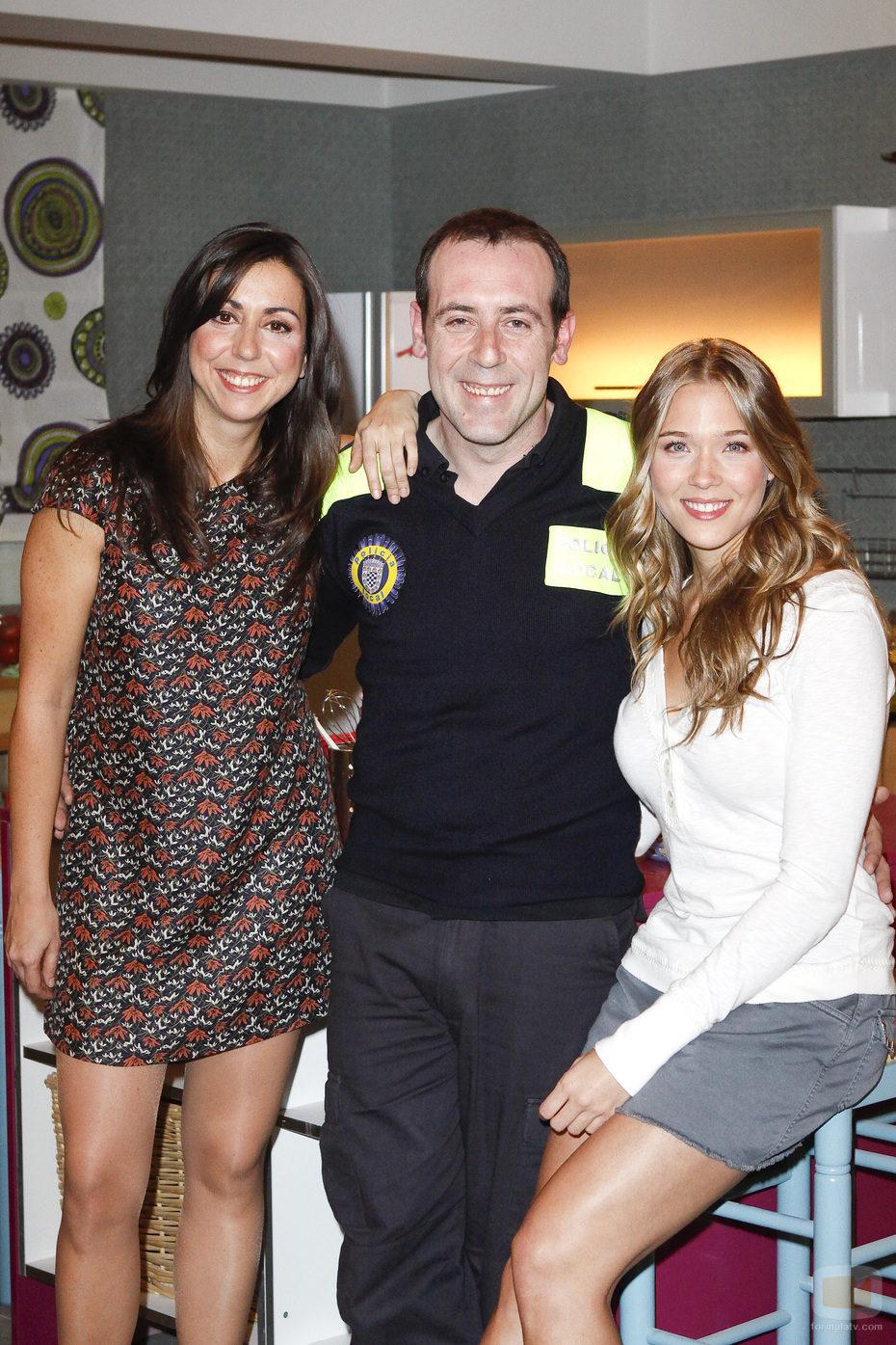Carmen Ruiz, junto a Antonio Molero y Patricia Montero