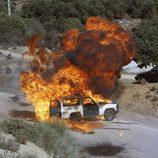 Explosión de un coche de la Guardia Civil